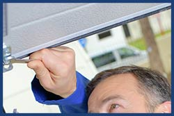 Golden Garage Door Service Sterling, MA 978-206-7948